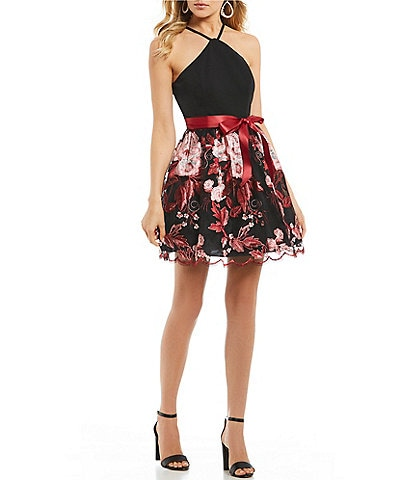 E Me Y Neck Embroidered Skirt Fit And Flare Dress