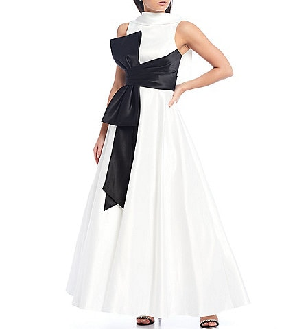 Terani Couture Contrasting Bow Detail Sleeveless Satin Ball Gown