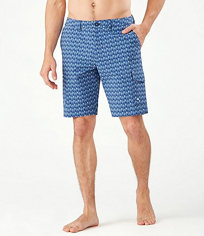 Tommy Bahama Big & Tall Cayman Marlin Mingle Cargo Hybrid 9#double; and 10#double; Inseam Shorts