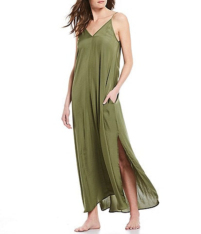 VAN WINKLE & CO. Solid Satin Maxi Chemise With Side Slit Detail