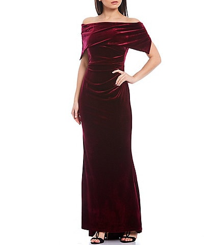 Vince Camuto Off-The-Shoulder Velvet Mermaid Gown