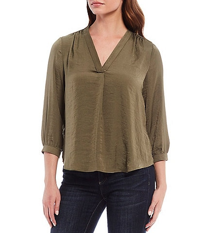 Vince Camuto Rumple 3/4 Sleeved V-Neck Blouse