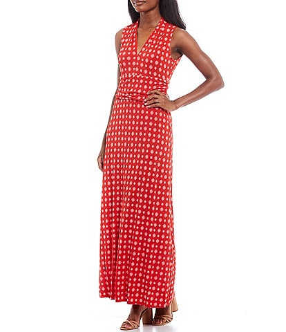 Vince Camuto Sleeveless V-Neck Foulard Print Knit Maxi Dress