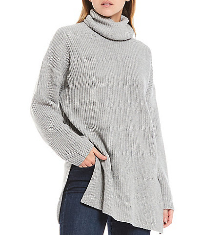 WAYF Culver Turtleneck Long Sleeve Split Hem Tunic Sweater