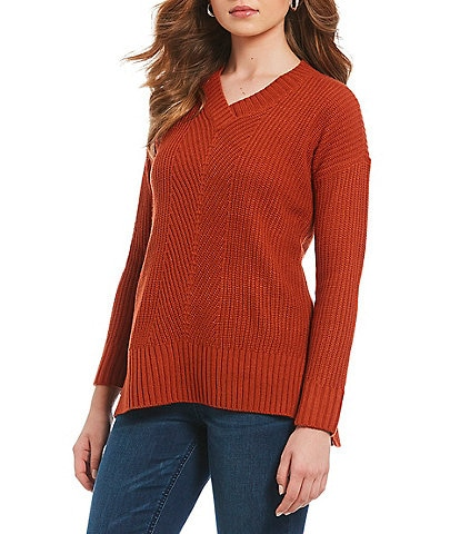 Westbound Petite Size V-Neck Pullover Sweater