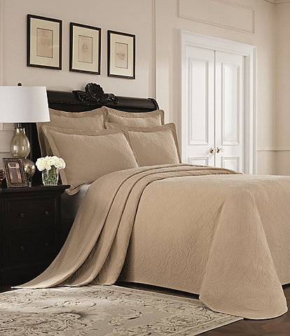Williamsburg Richmond by Royal Heritage Home Bedspread