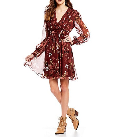 Willow & Clay Floral Print Smocked V-Neck Fit & Flare Dress