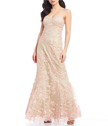 Xtraordinary Spaghetti Strap Sweetheart Neckline Floral Embroidered Lace Trumpet Dress