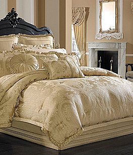 Image of J. Queen New York Napoleon Jacobean Floral Medallion Comforter Set