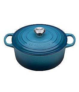 Image of Le Creuset Signature 5.5-qt. Round Enameled Cast Iron Dutch Oven with Stainless Steel Knob