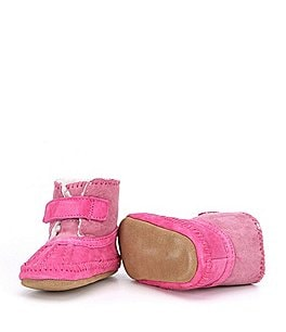 Image of Robeez Baby Girls' Suede Newborn-24 Months Galway Cozy Bootie Crib Shoes