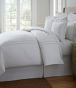 Image of Southern Living Heirloom 500-Thread-Count Sateen & Twill Duvet
