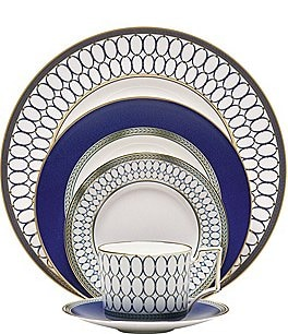 Image of Wedgwood Renaissance Gold Neoclassical China 5-Piece Place Setting