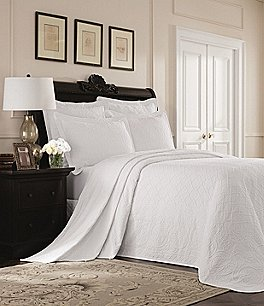 Image of Williamsburg Richmond by Royal Heritage Home Bedspread