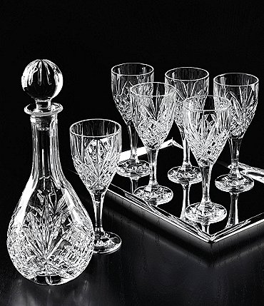 Image of Godinger Dublin Diamond-Cut Crystal 8-Piece Wine Set