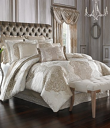 Image of J. Queen New York La Scala Gold Comforter Set