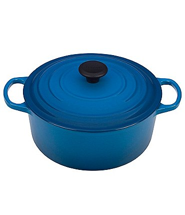 Image of Le Creuset Signature 5.5-Quart Round French Oven
