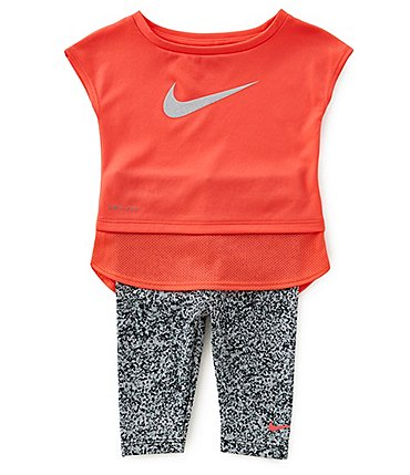 Image of Nike Baby Girls 12-24 Months Dri-FIT Sport Essentials Tunic & Sublimation-Printed Capri Pant Set