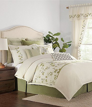 Image of Rose Tree Gwyneth Floral Comforter Set