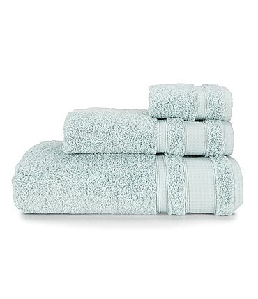 Image of Studio D Fast-Drying Cosmetic Friendly Performance Bath Towels