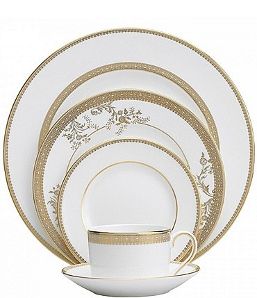 Image of Vera Wang by Wedgwood Vera Lace Floral 5-Piece Place Setting