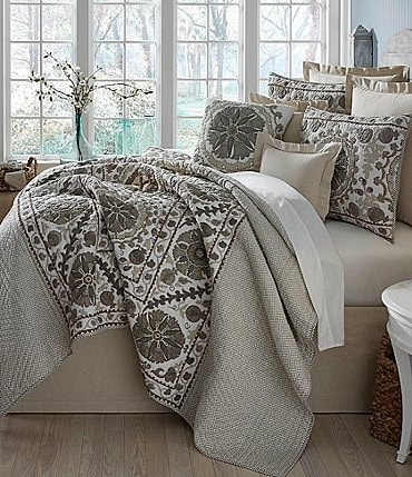 Image of Villa by Noble Excellence Natalie Embroidered & Checked Quilt Mini Set