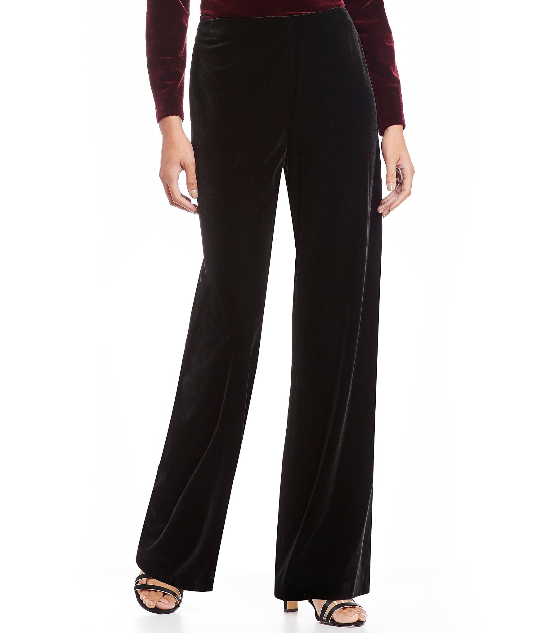 Find the perfect petite pants at Ann Taylor. Shop versatile ankle pants, trousers, leggings, & more at the right length, for everyday from work to weekend.
