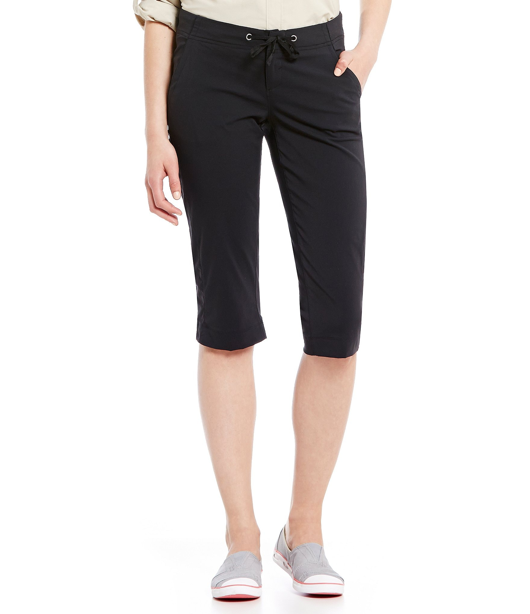 Free shipping on cropped & capri pants for women a gtacashbank.ga Shop by rise, material, size and more from the best brands. Free shipping & returns.
