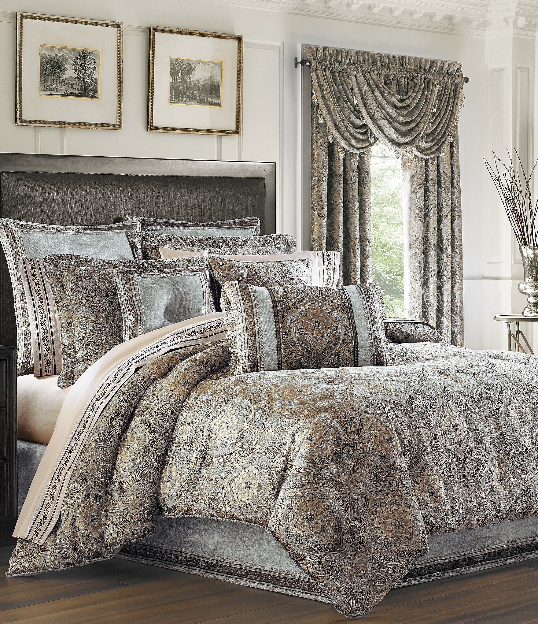 J Queen New York Provence Damask Chenille Comforter Set