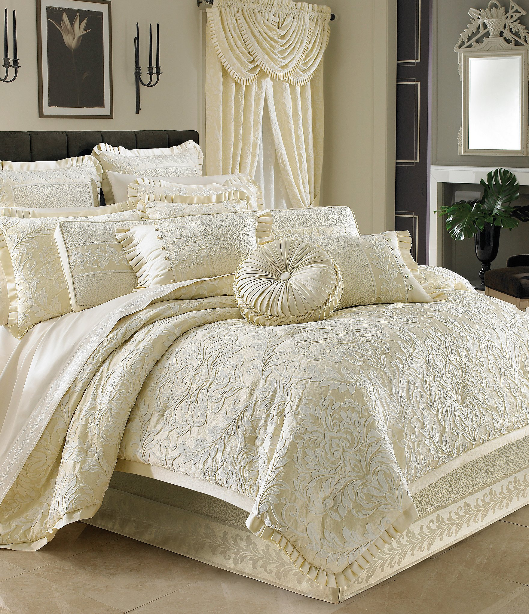 J Queen New York Marquis Damask Comforter Set Dillards