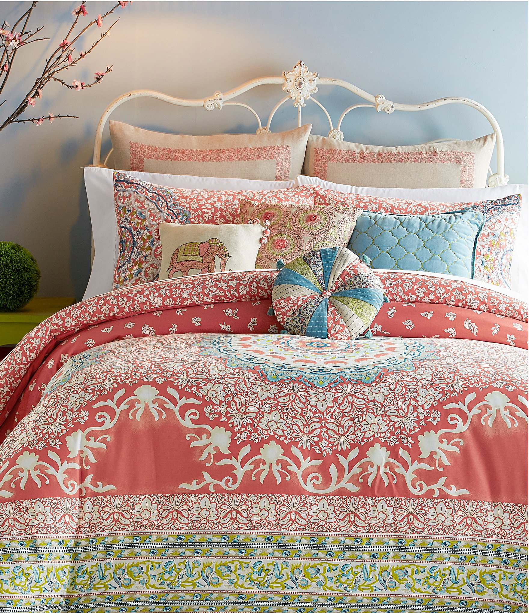 Jessica Simpson Amrita Medallion Comforter Mini Set Dillards