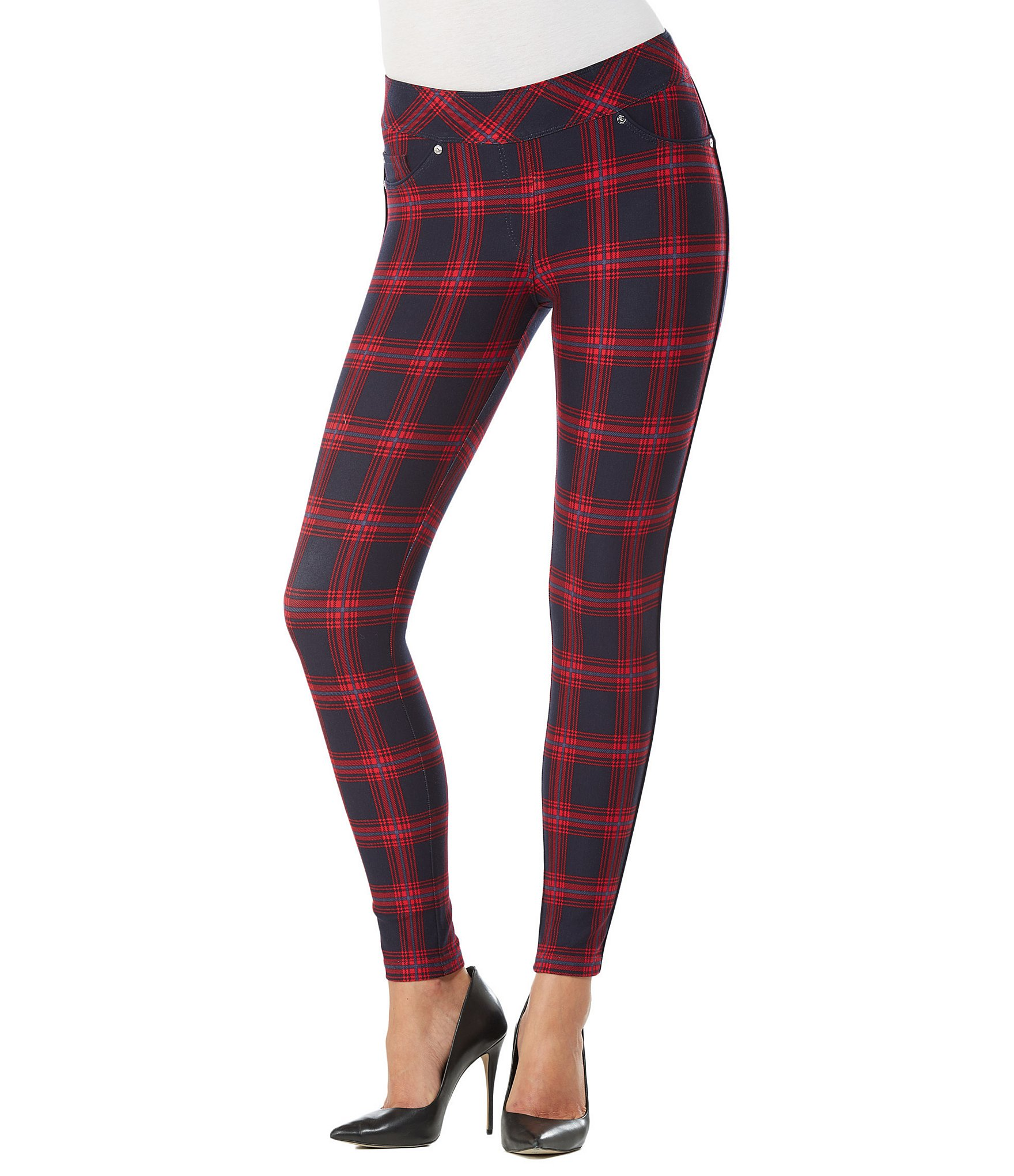 Shop Dillard's collection of pants for the latest styles of Peter Nygard women's pants in a variety of patterns and materials. From casual and dress to printed and cropped pants Dillard's women's pant collection has it all.